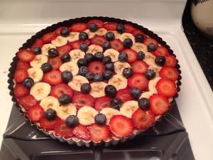 Carousel image 4f79665be26eafd2f672 chocolate pudding fruit tart