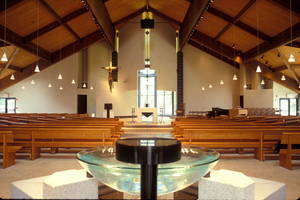 Carousel_image_6723d0dde147adb07405_church_inside__1_