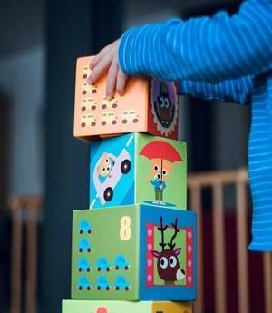 Carousel image 8a128720f1c8ffcc309c child building blocks