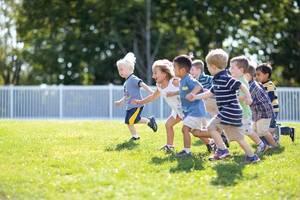 Carousel image a426cb473097b15edf74 children running jpg