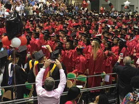Top story 81f0db00c1bba655329e chs 2018 graduation