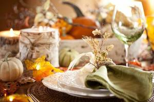 Rich Colors and Natural Textures: 7 Fall Centerpiece Ideas