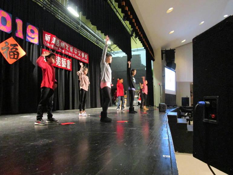 CNY=performances 2.JPG