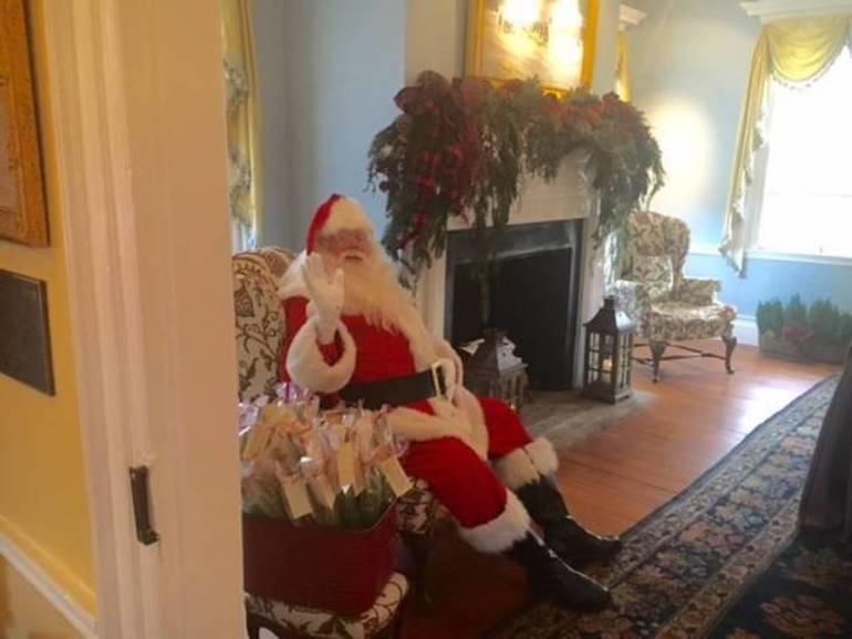 Colonial Christmas Santa