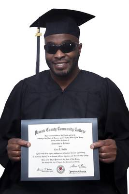 Carousel_image_88c94c5041273cf2a706_cori_noble_with_diploma