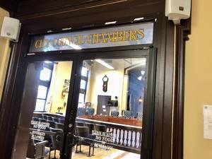 Carousel image e54ed86ecf2c0f32fb30 council chambers