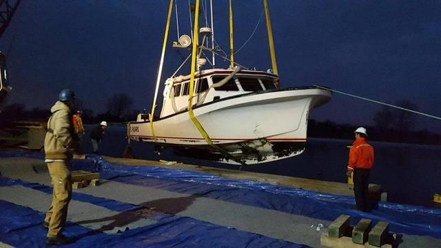 Top story 391119a93c2effa0c8f9 coastguardmanasquankathleen2