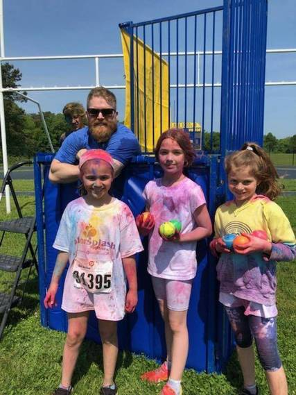 Top story cfdc7cc5a5ceb47393a6 color run