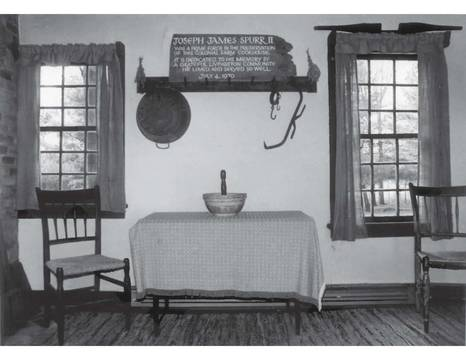 Top story e24c71426784f93e3a20 condit family cookhouse interior photo4