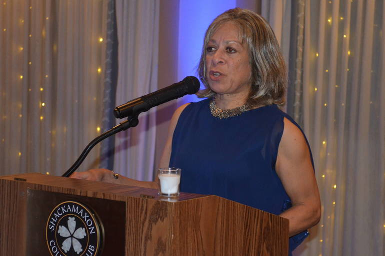 Honoree Kelly Price speaks at the 2019 Scotch Plains Mayor's Gala.