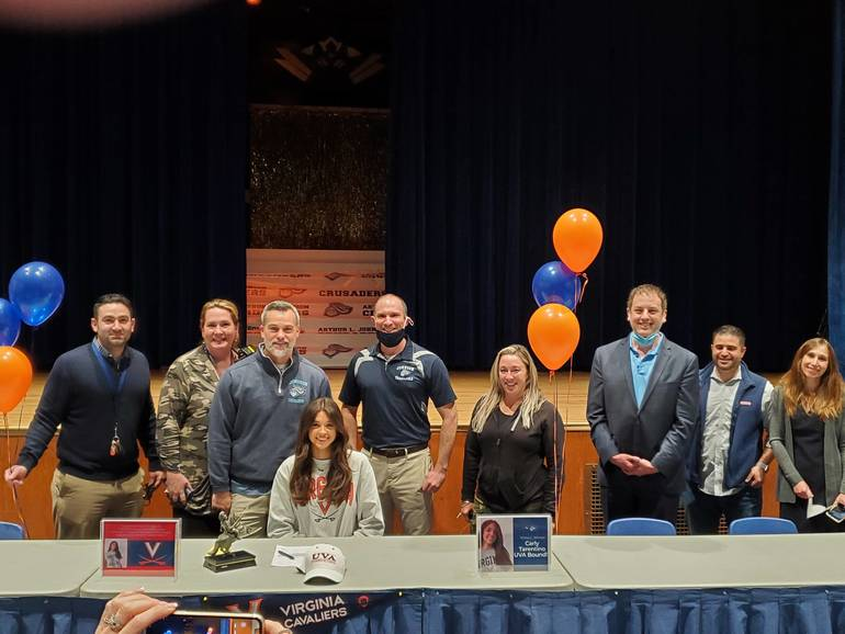 ALJ Senior Carly Tarentino Signs Letter of Intent with UVA