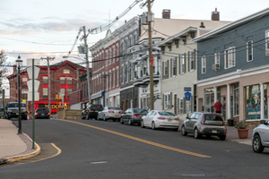 Keyport: Mayor Kennedy Suggests Keyport Bayfront Business Cooperative Move to a Chamber of Commerce Structure