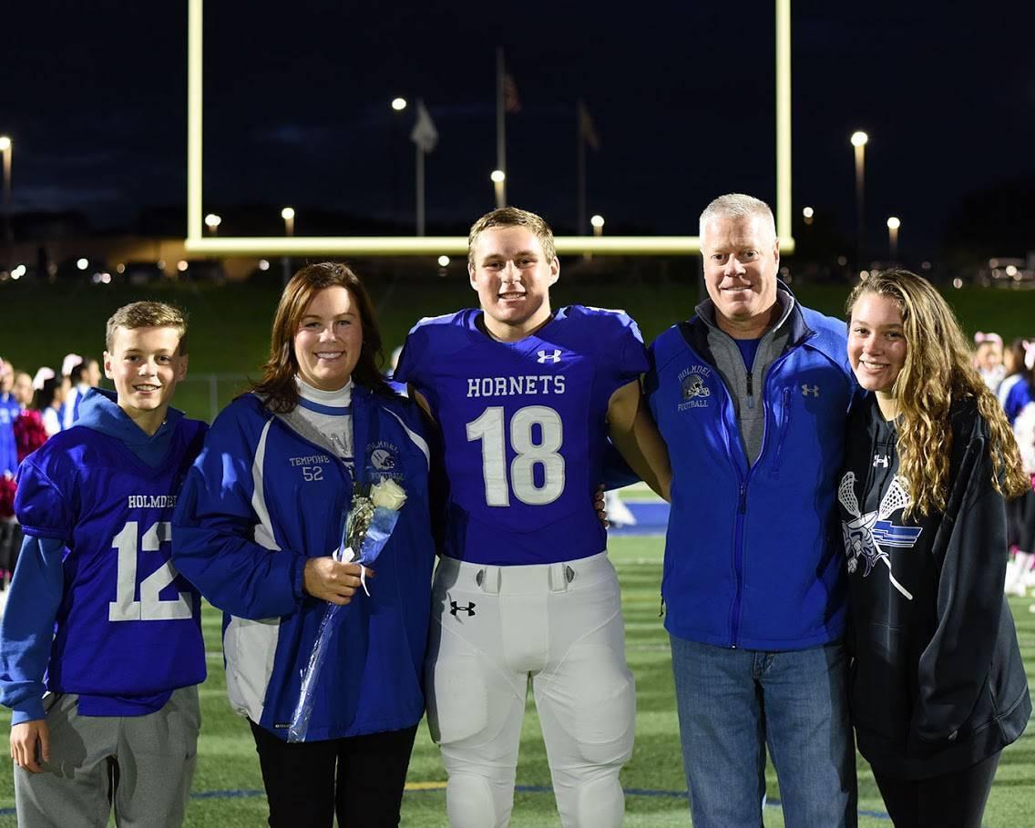 Dan family pic.jpg