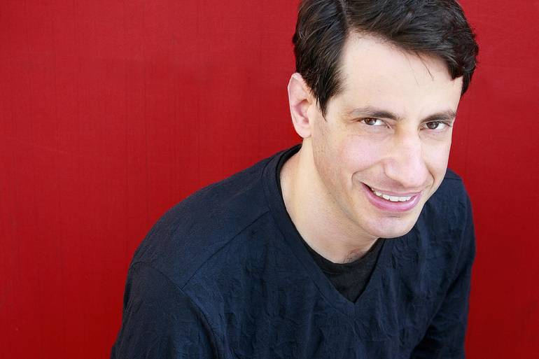 Dan Naturman-headshot.jpg