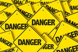 Carousel image 1871f931b4a9ee1f5fd8 danger signs
