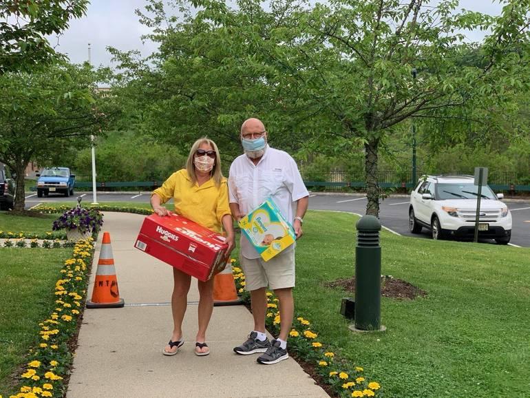 Dee and Jim Fernandez, Diaper Donation