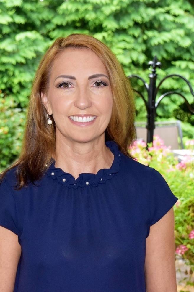 Mayor Angie Devanney