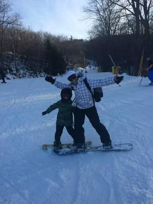 Carousel_image_aef4d47088e4b926f89c_deanna_stark_pasciuto_snow_board