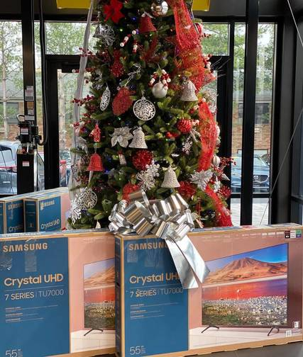 Top story 791bcade448181902b8b dealership photo tree with tvs from mazda of lodi black friday deals
