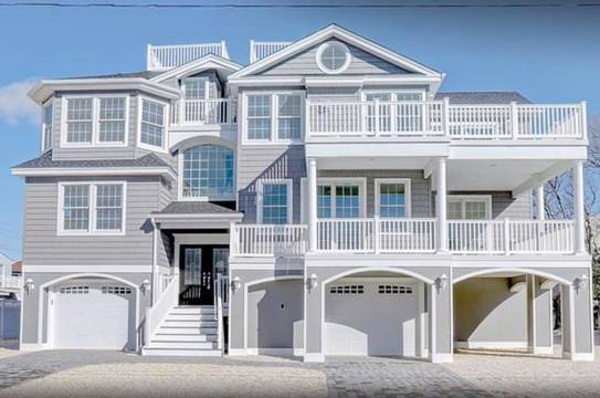Top story 6160fc74718930fdbeea d. finelli custom beach house