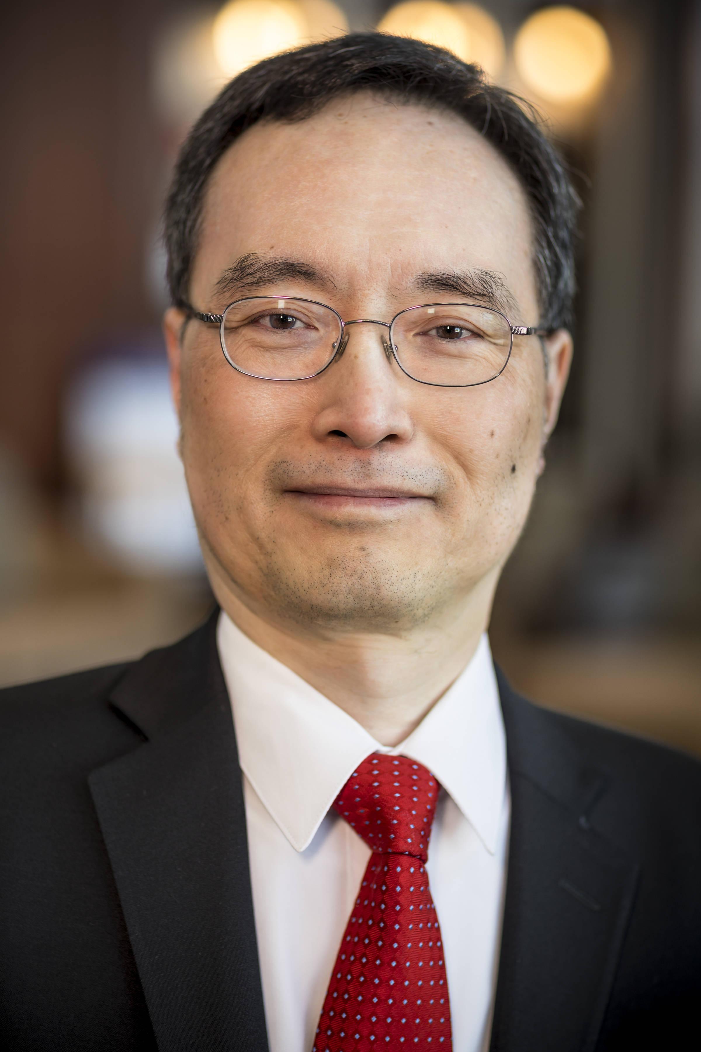Dr. James Chen 2018_10844.jpg