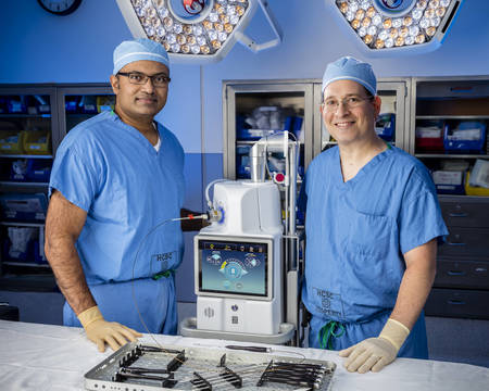 Top story 2f0311622ee3d4814934 dr thomas and dr. cohen with beacon laser ahs 0694master