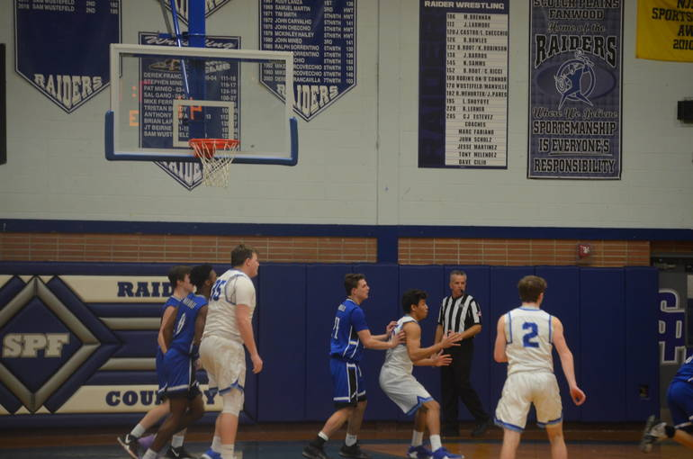 Scotch Plains-Fanwood Tops Warren Hills, 84-58