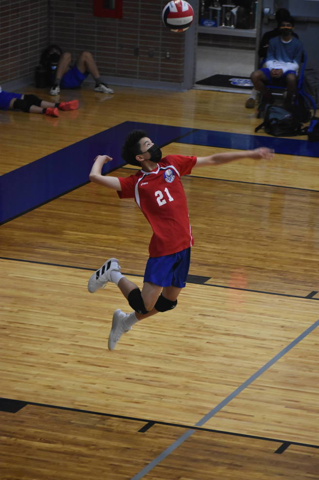 Boys Volleyball Wins Convincingly in Season Opener