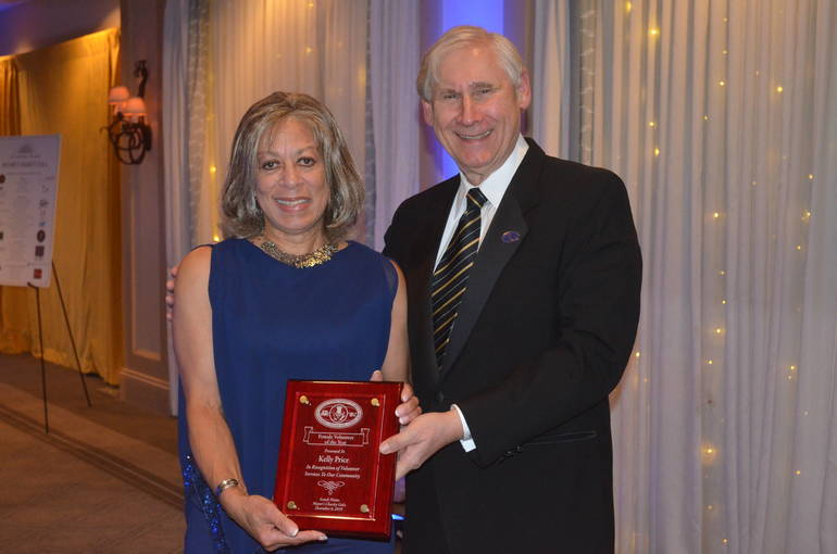 Honoree Kelly Price and Scotch Plains Mayor Al Smith