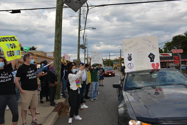 "Highland Park ""Take Charge & Charge Them"" Protest"