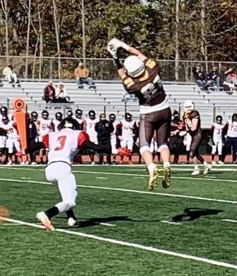 WHRHS Football: Watchung Hills Falls to Rahway for First Loss, 34-27 E5B8A19C-1E17-47A2-B8BC-582096866799.jpeg