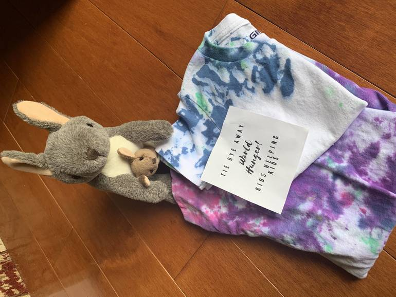 Kangaroo and baby Joey support tie dye away world hunger