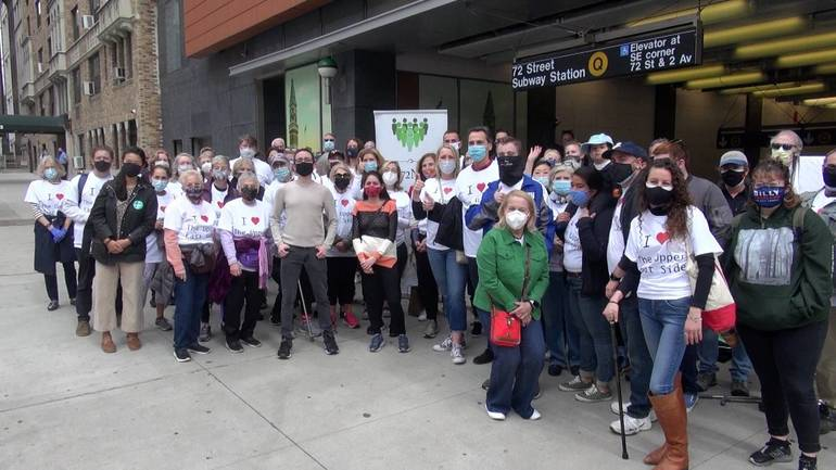 Community Turns Out for 'Love Your Neighborhood Day'