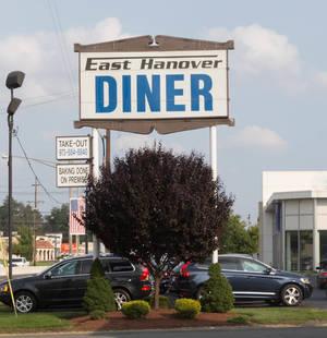 Carousel image 98450dffbd6210128198 east hanover diner