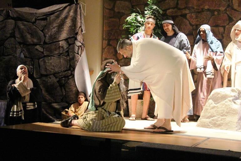 EDIT Jesus heals the blind.jpg