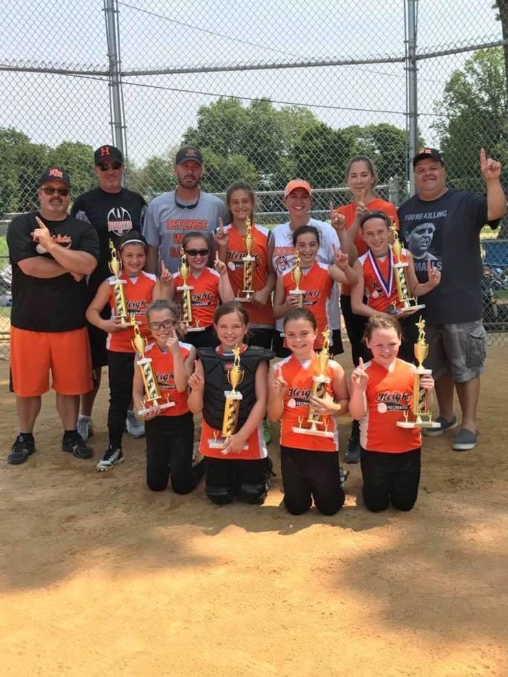 EDIT 3rd 4th grade HH Rec softball summer travel team champs.jpg