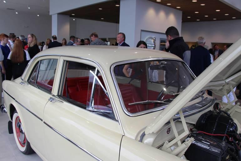 EDIT classic car tain.jpg