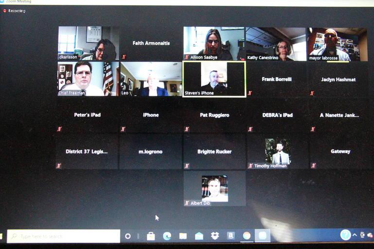 Best crop 5a7477f5a6f2afa0b9c1 edit screen shot of meeting