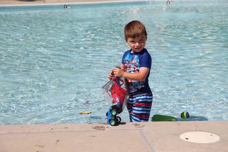 EDIT kiddie pool.jpg