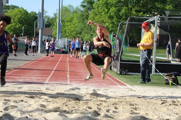 EDIT jake long jump.jpg