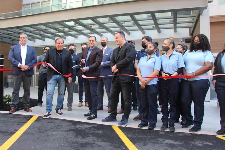 Wood-Ridge Celebrates Hotel Grand Opening with Ribbon Cutting