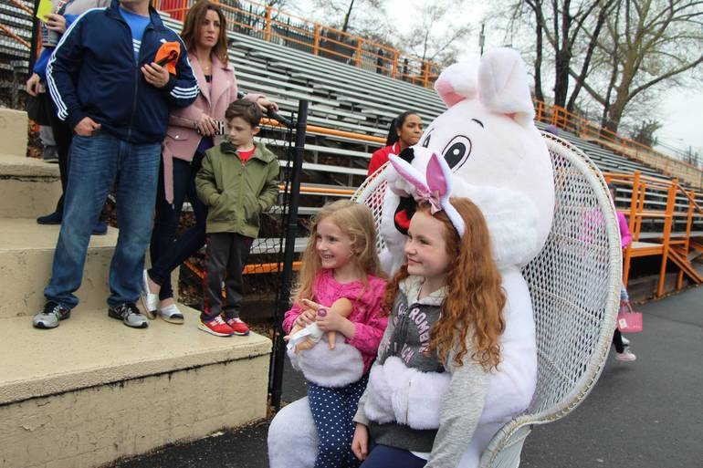 EDIT girls meet the easter bunny.jpg