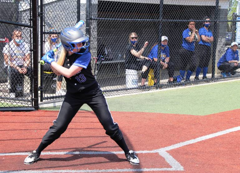 Best crop d53a098d66744084d4ee edit leah reiter at bat generic at home