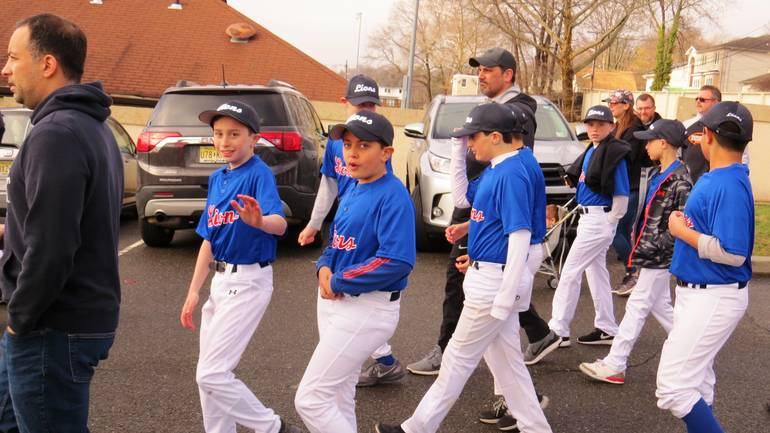EDIT Lions 2019-04-06 2019 April HHLL Opening Day 023.jpg
