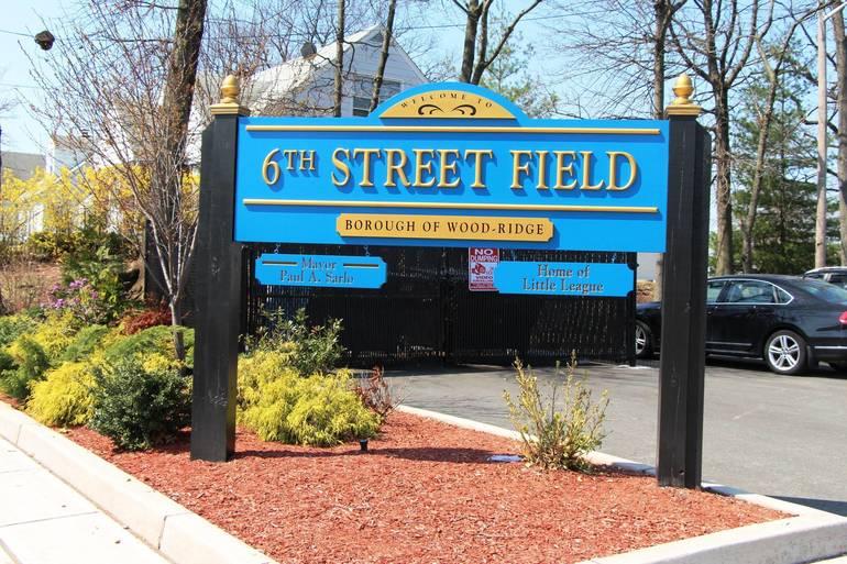 EDIT sixth street field sign.jpg