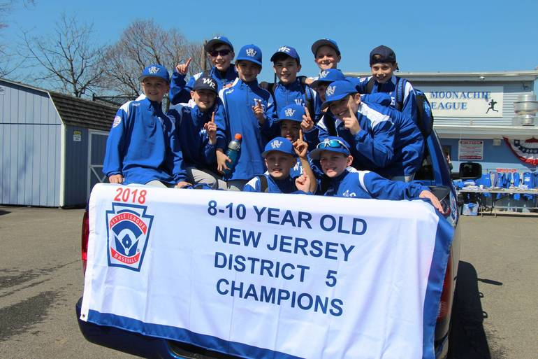 EDIT district 5 champs with banner.jpg