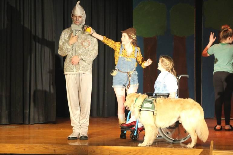 EDIT dorothy tinman scarecrow.jpg