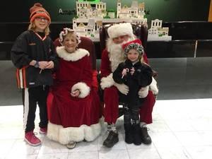 Carousel image c0aebe70c4aca4178f26 edit kids with santa