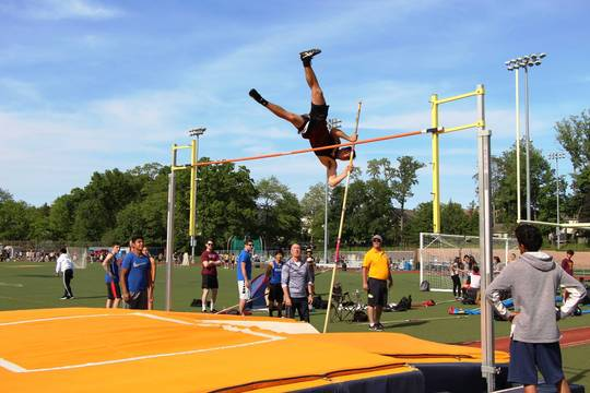 Top story af0b753f333658565bc0 edit hunter pole vault