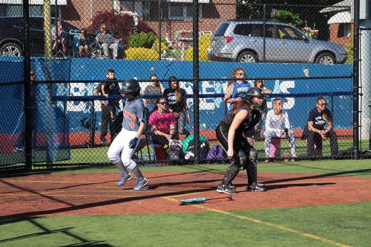 Top story c1d902da46294f4e3c93 edit liz crosses home plate